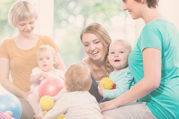 Activités de stimulation parents-enfants | Entre mamans et papas